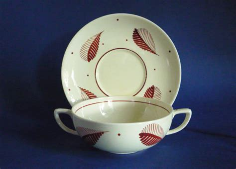 The Home Decorating Store Susie Cooper Pottery Handpainted Purple Brown Feather Soup
