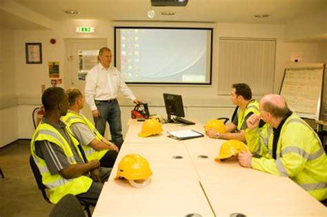 wallace tutorial academy hawaii hiab lorry loader plant training courses
