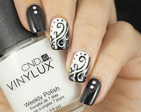 ongle en gel noir et blanc 18 id 233 es diy pour la d 233 coration ongles noir et blanc
