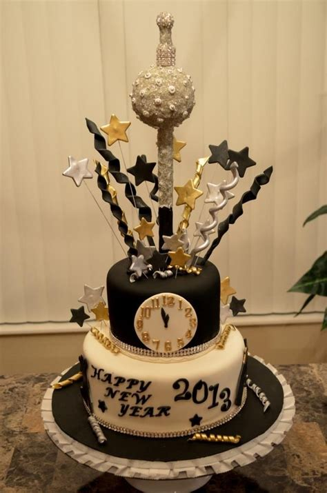 new year cake designs 1000 ideas about new year s cake on tsoureki
