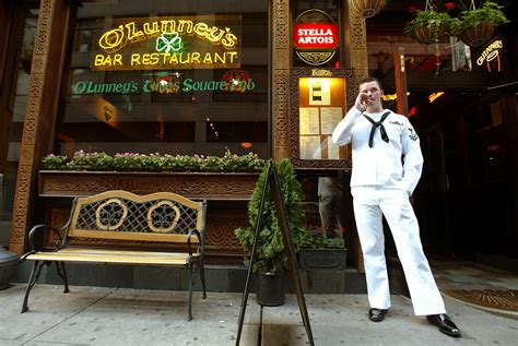 top gay bars nyc nyc s 7 best bars to meet a man in uniform 171 cbs new york