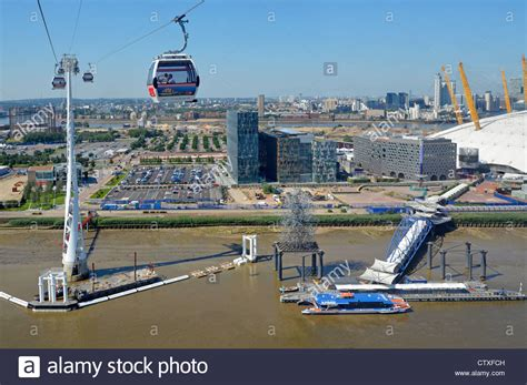 thames clipper from greenwich to westminster aerial view of north greenwich pier peninsula with