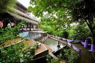 Warmer Square Pan Tempat Prasmanan tamarind springs restaurants in ang kuala lumpur