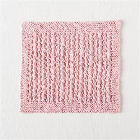 washcloth knitting patterns free simple eyelet washcloth free knitting pattern knitting bee
