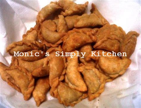 Pastel Isi Abon Mini Kering Renyah resep pastel mini oatmeal isi abon monic s simply kitchen