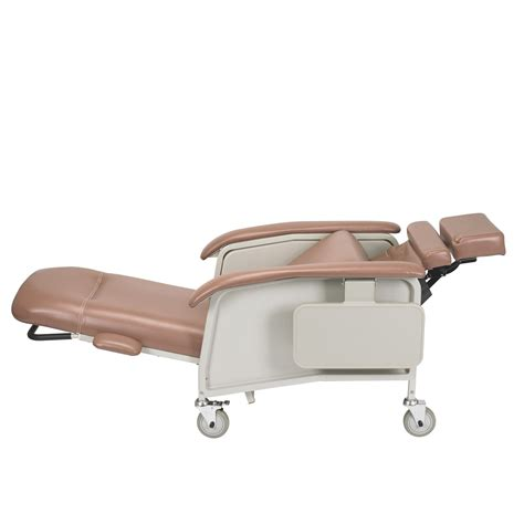 clinical recliner clinical care recliner d577 drive medical