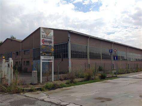 capannoni abbandonati viaggio nella brianza delle imprese tra decine di