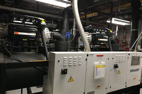 oil  compressors maintain consistent performance