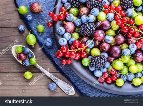 Antioxidants Detox The by Berries Antioxidants Detox Diet Organic Fruits Stock