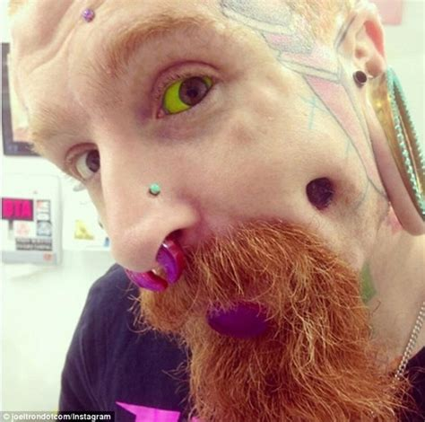 eyeball tattoo adelaide 10 extreme eyeball tattoos that look incredibly painful