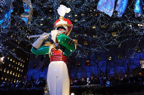 100 rockefeller christmas tree lighting 2014 history