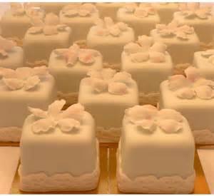 square cupcakes ca wedding cupcakes 101 cupcake wedding cake ideas