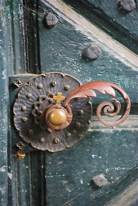 Cool Door Knob by Such A Unique Door Knob Decor For The Home