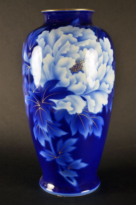 Blue And White Vase Made In China by Visit Us Fukugawa Japanese Porcelain Vase Imperial