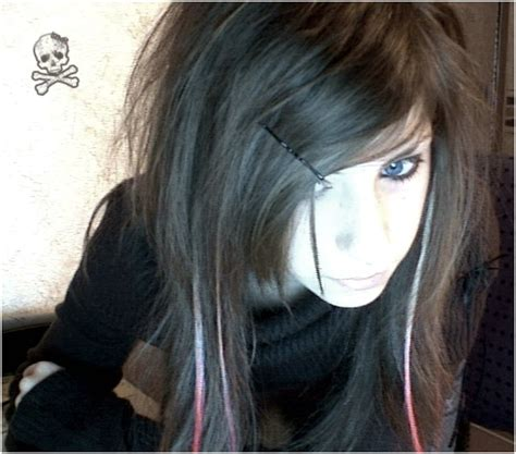 emo hairstyles with side swept bangs cute face with long emo hairstyles combine side swept