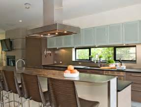 Glass Cabinets Kitchen A Mix Of Functionality And Style In The Form Of Glass Kitchen Cabinets