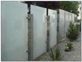 sichtschutz terrasse glas sichtschutz glas terrasse terrasse hause dekoration