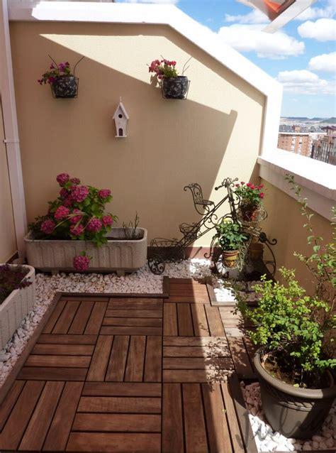 decorate  balcony  wood