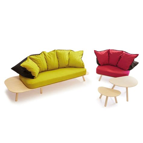 touch couch disfatto sofa d3co touch of modern