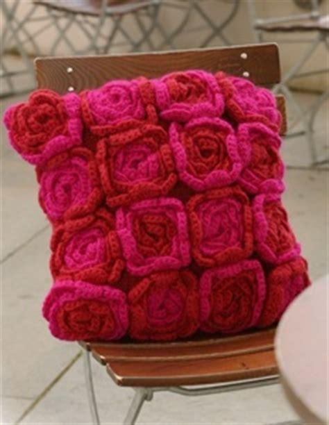 come fare cuscini come fare cuscino a forma di caramella a uncietto crochet