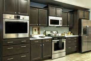 Builders Kitchen Cabinets by Builders Mark Cabinets Wolf