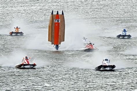 cigarette boat racing flip 17 best images about powerboat on pinterest legends