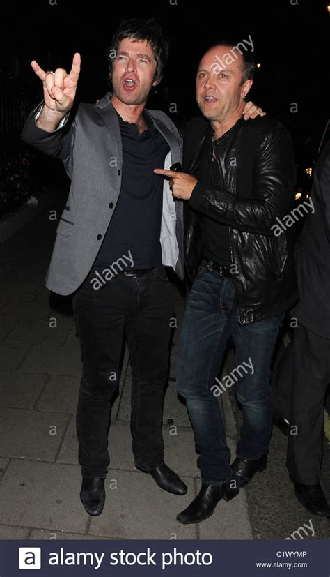 lars ulrich house noel gallagher and lars ulrich leaves home house private members club stock photo