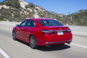 2017 honda accord reviews and rating motor trend canada