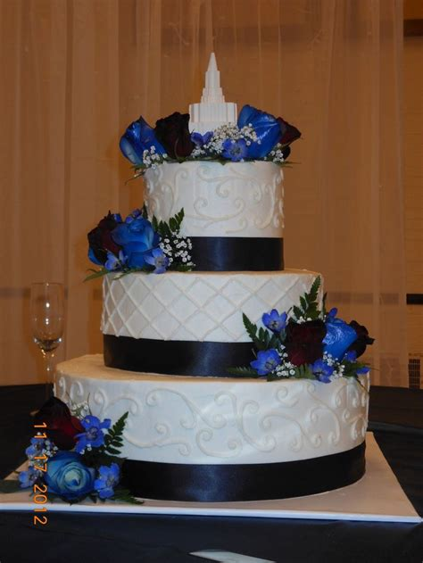 Hochzeitstorte Hellblau by Navy Blue Yellow And Grey Wedding Cakes Burgundy And