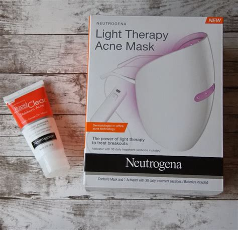 red light for acne review neutrogena light therapy acne mask derm talk