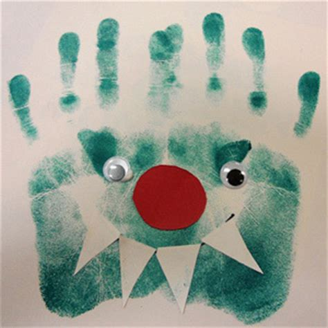 crafts with handprints 10 easy handprint crafts for grandparents