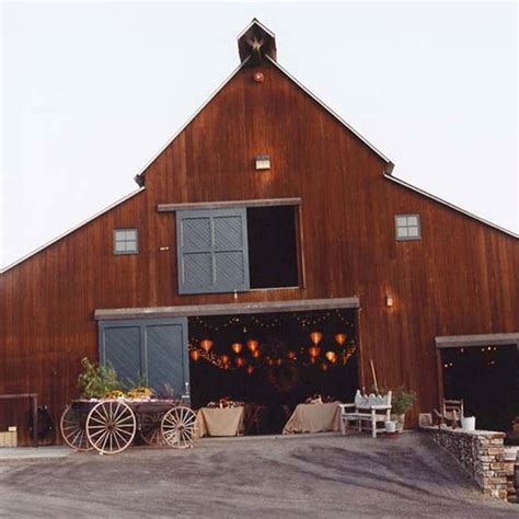 Best 25  Fall barn weddings ideas on Pinterest   Barn