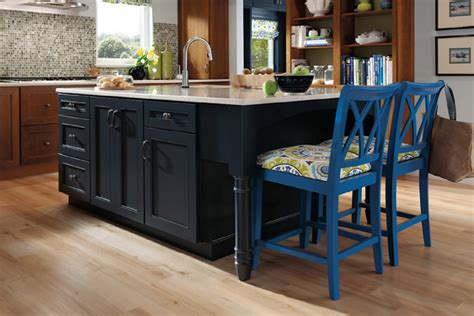 Midnight Blue Kitchen Cabinets Midnight Blue Kitchen Cabinets This Is How To Deal With Honey Oak Cabinets Paint The Walls
