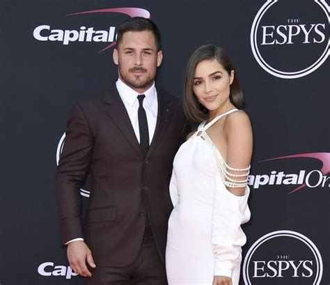 danny amendola  england patriots wide receiver signs modeling contract  ford models