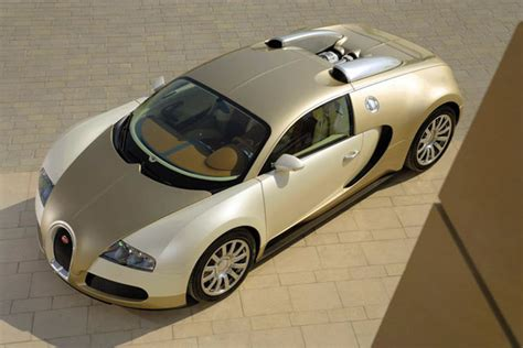 gold and white bugatti sports car zone 187 gold bugatti veyron