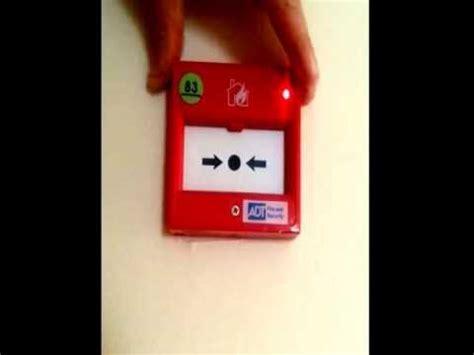 alarme incendie salle des fetes chambres voix sonnerie d 233 clencheur manuel d alarme incendie chubb adressable doovi