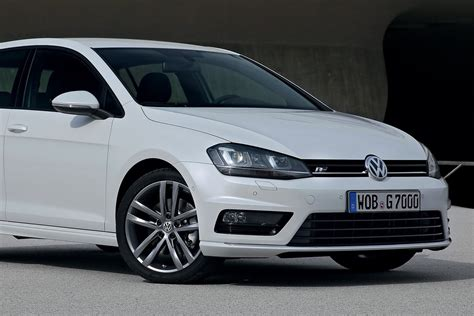 volkswagen jetta r line new volkswagen golf r line revealed autoevolution