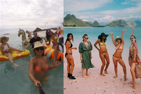 posting foto berbikini seksi di tepi pantai luna maya