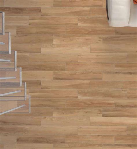 Fliesen Auf Holz by Wood Look Floor And Wall Tile Bv Tile And