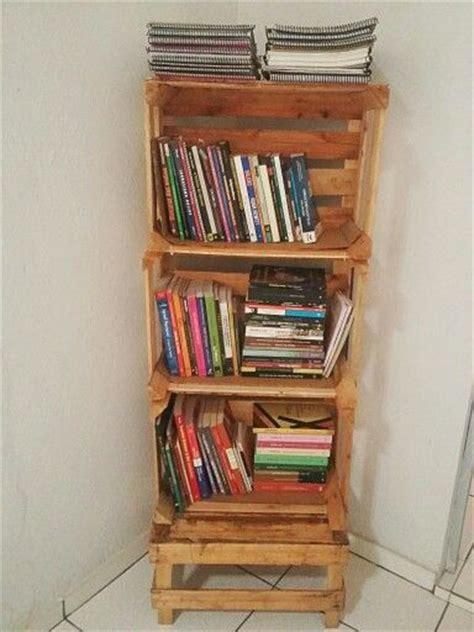 estante para livros novo mundo 1000 images about caixote de madeira on pinterest