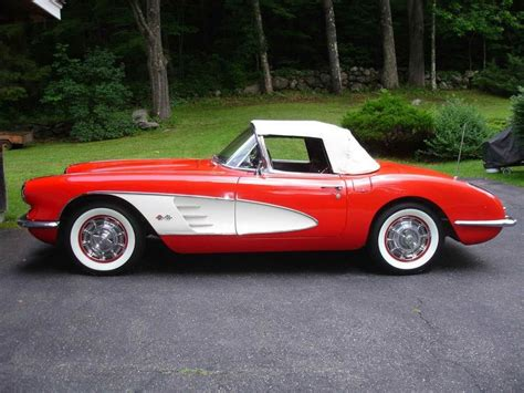 corvette stingray 1960 25 best ideas about corvette convertible on pinterest