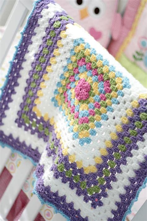 jamie pattern baby blanket baby granny square blanket link to free pattern crafty