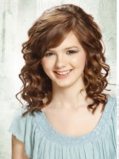 Shoulder Length Hairstyles Curly by Medium Length Haircuts For Curly Hair