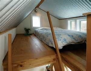 Loft Bed Of Oregon Tiny House Floating Guest House In Portland Oregon