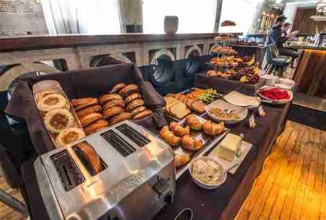 brunch buffet atlanta best brunch in atlanta restaurants with brunch menus