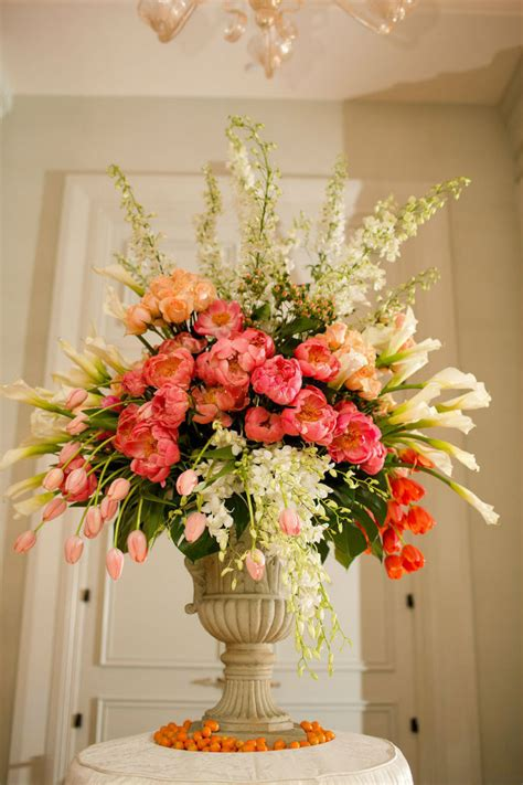 garden wedding flower arrangements 7 tips to diy wedding floral arrangements wedding