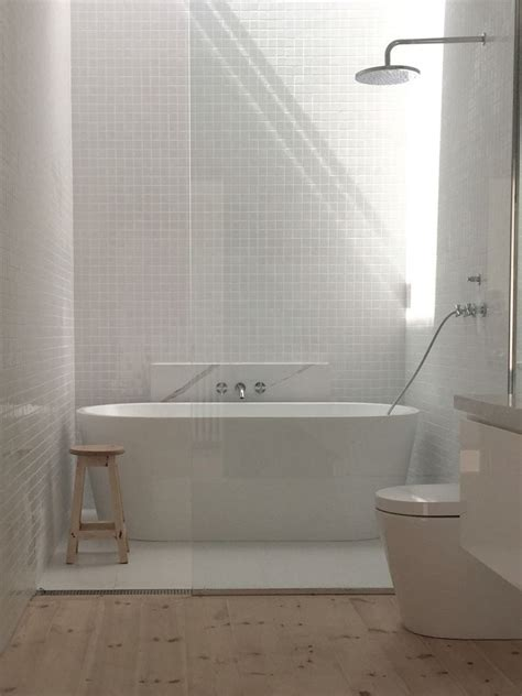 matt or gloss bathroom tiles main bathroom gloss white 30x30 tiles matt white 600 x