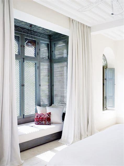 bedroom bay window seat 1000 ideas about bay window bedroom on pinterest diy