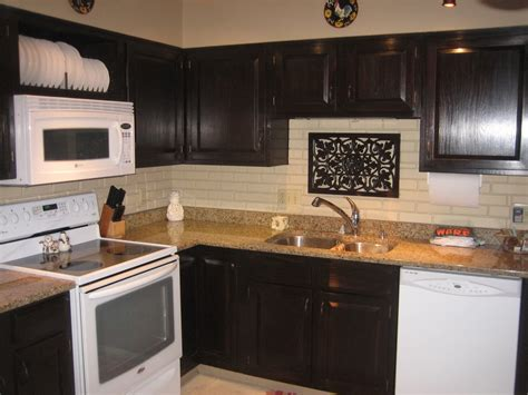 Kitchen: Attractive L Shape Kitchen Decoration Using Dark