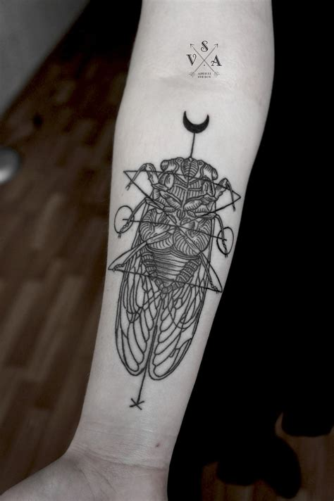 cicada tattoo innovative geometric inspiration